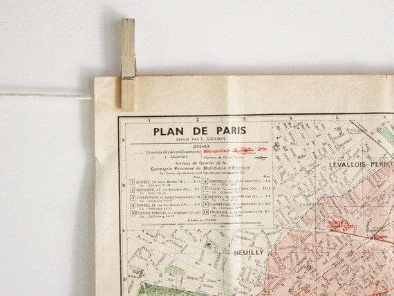 Antique Paris map, A map of Paris dating back to the twenties