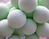 14 bath bombs 1 oz each (Absinthe) gift bag bath fizzies, great for dry skin, shea, cocoa, 7 ultra rich oils