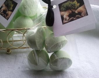 14 bath bombs in Bonsai fragrance, gift bag bath fizzies, great for dry skin, shea, cocoa, 7 ultra rich oils