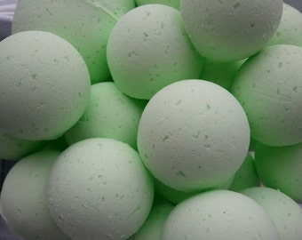 14 bath bombs in Coconut, Lime, Verbena, gift bag bath fizzies, great for dry skin, shea, cocoa, 7 ultra rich oils