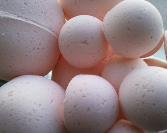 14 bath bombs in Amazing Grace (Philosophy Type) fragrance, gift bag bath fizzies, great for dry skin with shea, cocoa, 7 ultra rich oils