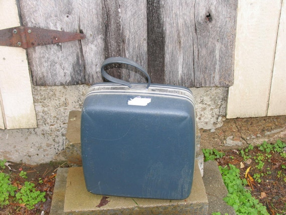 SALE Vintage Suitcase  Hard sided luggage Samsonite suitcase  Don't know when I'll be back again