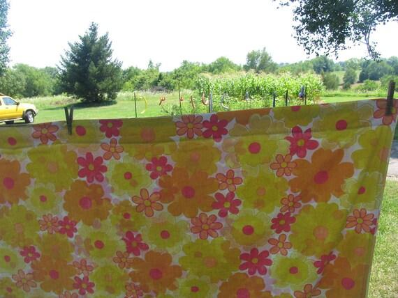Vintage Sheet Queen Flat or Top Sheet 90 x 115 Floral Sheet Pink Orange, Yellow Floral Bed Sheet
