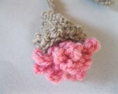 Flower bookmark, handknitted with naturally dyed wool yarn 'Carnation'