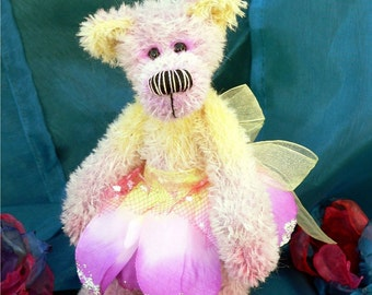 Artist teddy bear PDF sewing pattern - Fantastic Faye