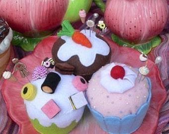 Felt  Pin Cushion PDF Sewing Pattern Cupcakes