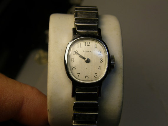Vintage Mechanical Ladies Timex Watch Works Great With Stretch Band