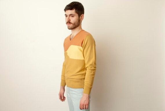 Unworn three colour V-neck 70s woolen jumper