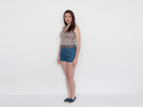 Dead stock Vintage Denim Shorts high waist Size M L