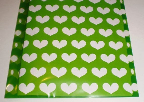 100 - 5 x 8 Green with Clear Hearts printed Cello BAGS