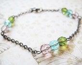 Rainbow glass beads bracelet on gunmetal chain - Forest Light