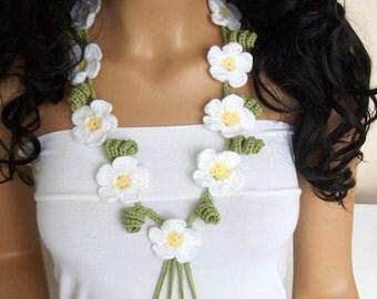 White Daisy crochet  Necklace or headband-beach birthday