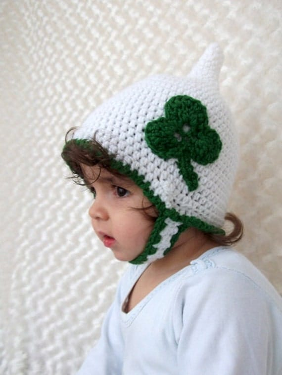 Crochet Pixie Hat -Newborn Pixie Hat with button-St Patrick's Day Pixie Hat with clover, Green Crochet Gnome Baby Hat,Baby Girl or BoyHat