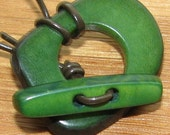 Forest Green Tagua Nut Clasp, Toggle Clasp, Organic Beads, Natural Beads, Vegetable Ivory Beads, EcoBeads
