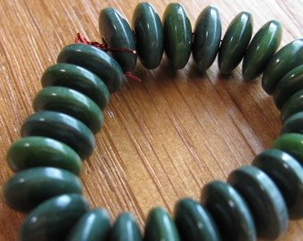 25 Forest Green Tagua Nut Beads, Lens, 8mm Rondells Beads, EcoBeads, Natural Beads, Organic Beads, Vegetable Ivory Beads