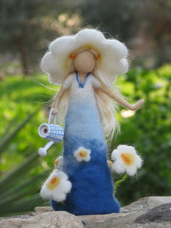 Needle felted daisy lady - waldorf inspired