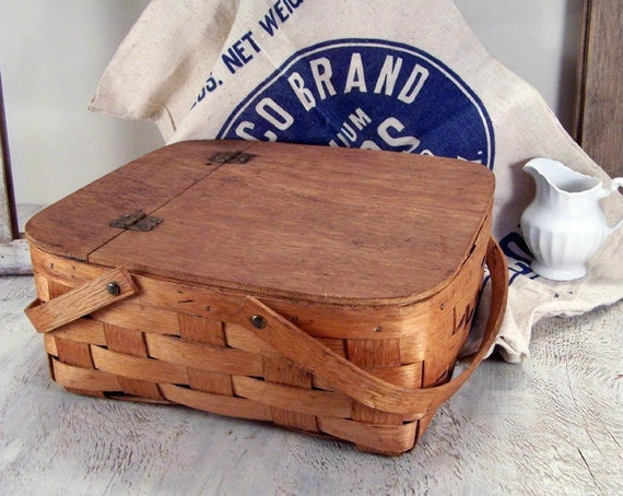 Vintage Pie Basket For The Perfect Picnic