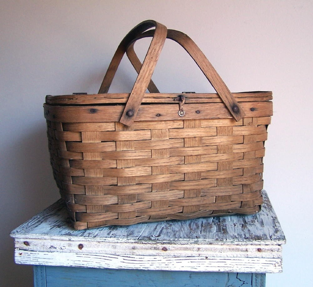 Picnic Basket Pie : Vintage pie basket for the perfect picnic