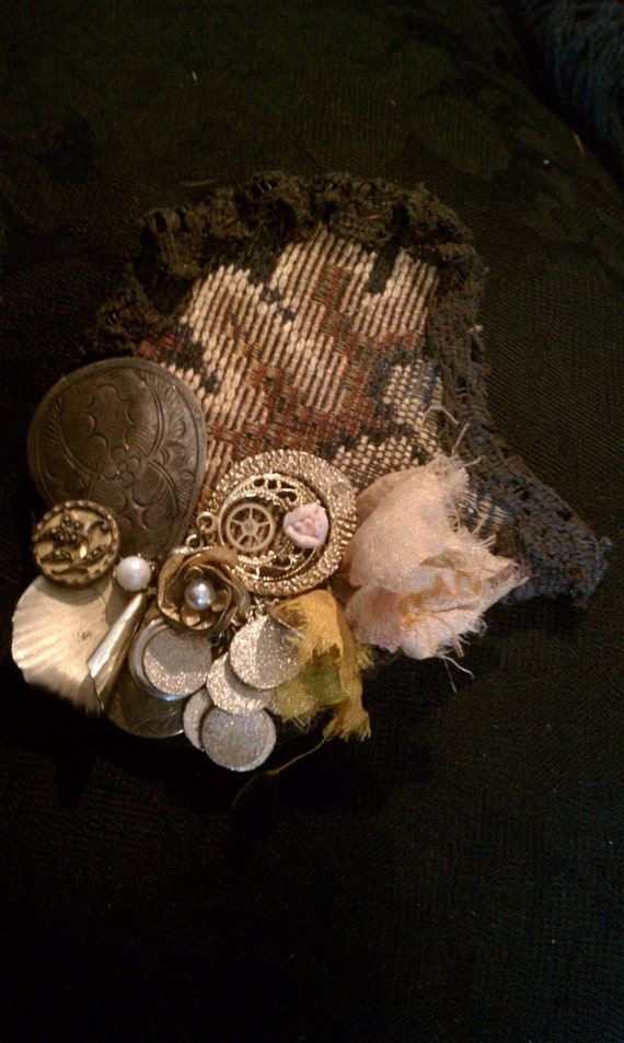 Flores de Ouro - Tribal Faery Steampunk HairClip