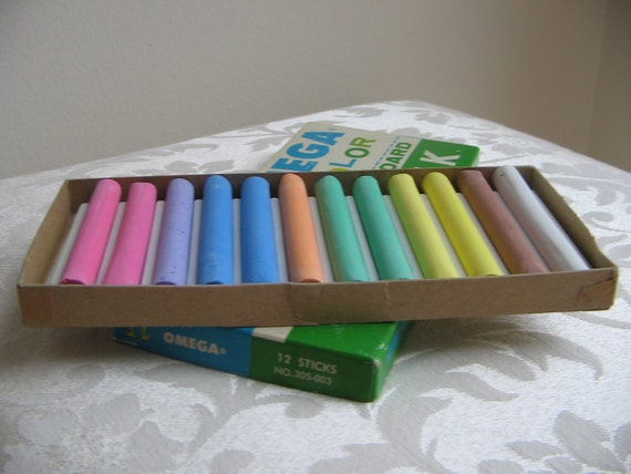 Vintage Color Chalk Omega Box Unused Weber Costello, A Rainbow of Colors