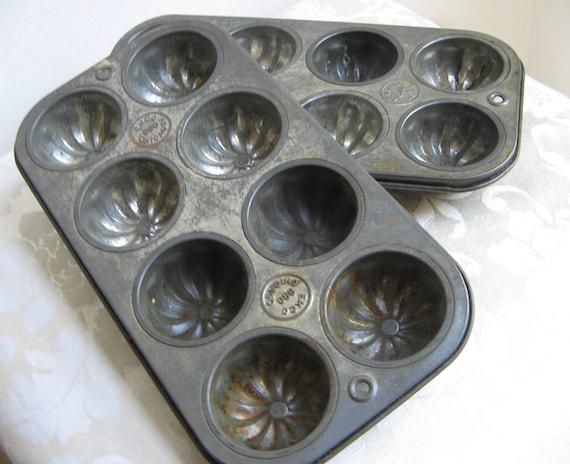Vintage Ekco Baking Pan Mini Bundt Muffin Tin Rustic