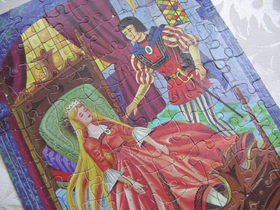 Vintage Sleeping Beauty Storyland Puzzle in a Can by HG Toys, Fairy Tale, Canister