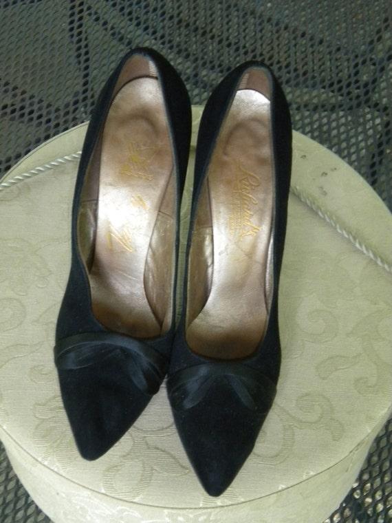70s Black Suede Heels by Richards of Warren, Size 7 N