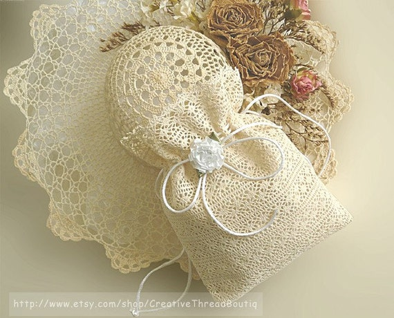 French Ecru / Ivory Lace Bridal Bag, Lace Wedding Purse, Wedding Money Bag, Church Purse or Gift Bag, Ecru/Ivory