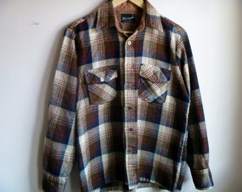 Vintage 1970's Remington Buffalo-Plaid Flannel Men's Button-Down Shirt Size Medium