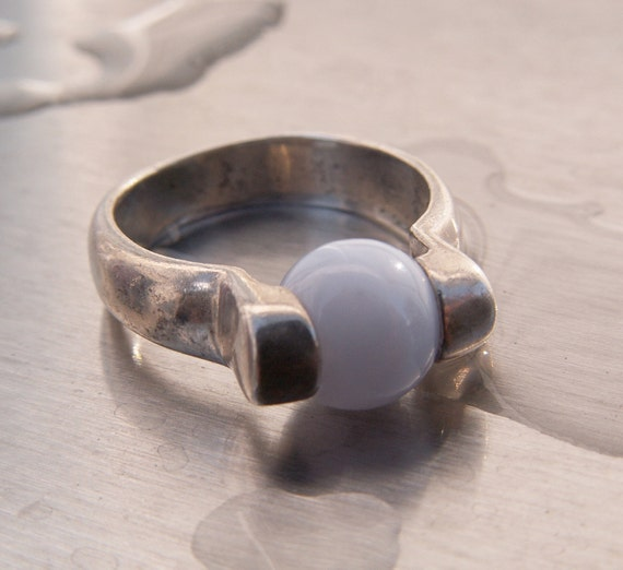 Vintage Ring Blue Moonstone Silver  Illuminated Glass Size 6