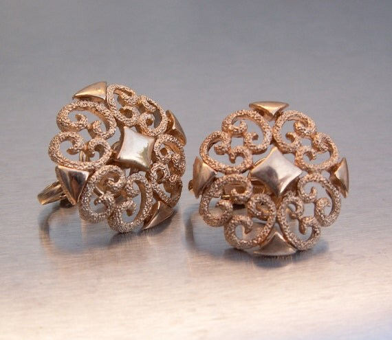 Vintage Earrings AVON Goldtone Filigree Scroll Textured Matte Goldtone Clipons Celtic Inspired