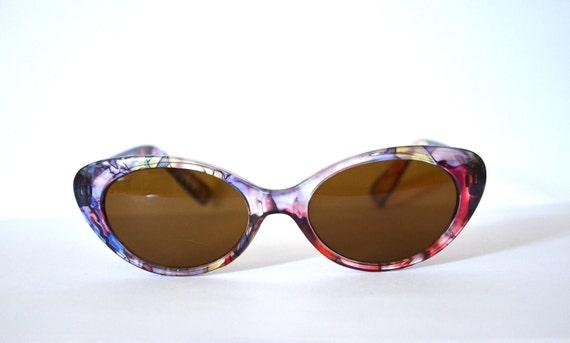 Vintage plastic purple ornament cat eye sunglasses Germany