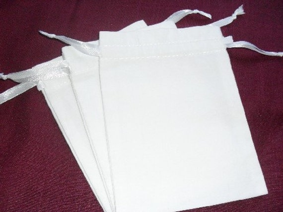 "200 White cotton drawstring Pouch -4"" wide x 5"" high"
