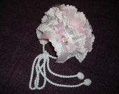 Baby Girl Bonnet in White and Pink 0-6 months MADE TO ORDER