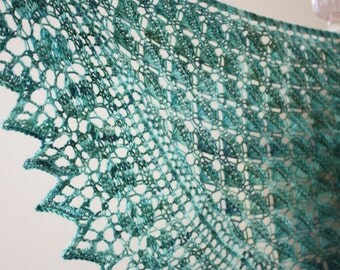 Knitting Pattern / Lace Shawl Shawlette / Soleil