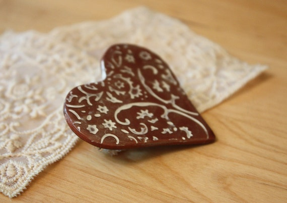 Brooch Shawl Scarf Pin / Bronze Lace Heart