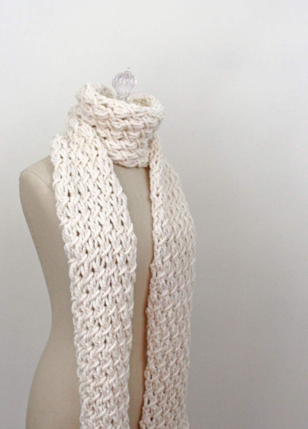 Knitting Pattern Super Chunky Scarf : Chunky Scarf Knitting Pattern / Phydeaux Twist / PDF DIGITAL