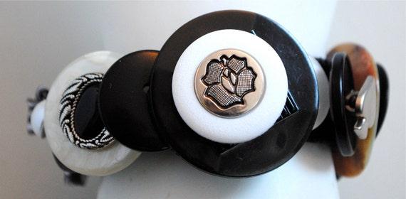 Black & White Button Bracelet/Charm Bracelet/OOAK/Gift For Her/Spring/SummerJewelry/Expandable/Under 50 USD