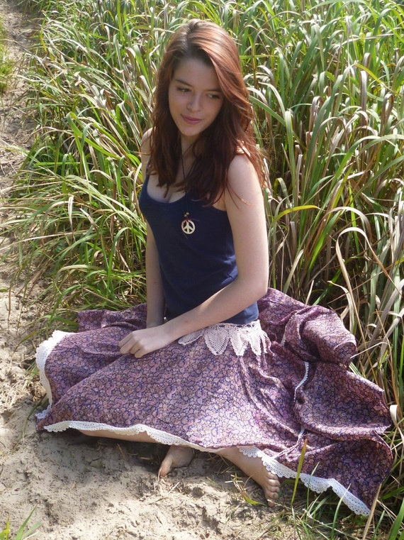 gypsy sprite hippy skirt, paisley, tiny flowers and vintage crochet, xs, sm, med
