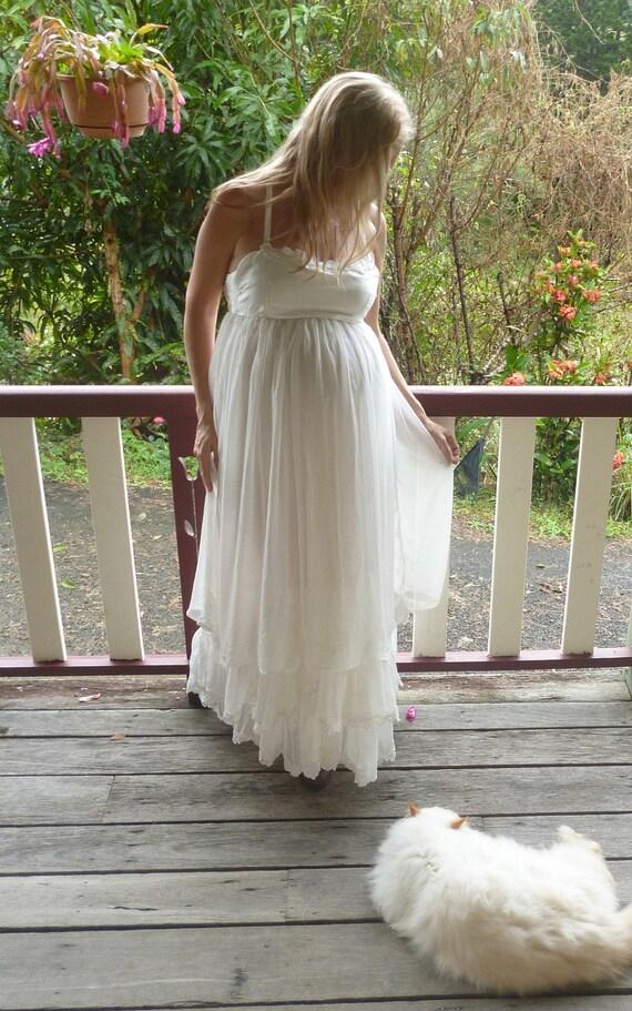 flowerchild dreaming maternity wedding dress, indie, dreamy boho, hippy, sm, med