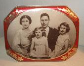 Vintage Riley's Tin-Royal Family of England