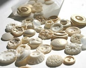 For Andrea: Edible Vanilla Vintage Buttons 15 count Sample Pack