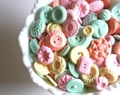 Candy Buttons 100 Pastel Peppermint