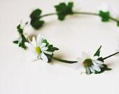 daisy chain hair wreath // woodland collection -