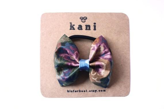 jazzles deluxe bow hair tie // ponytail holder elastics