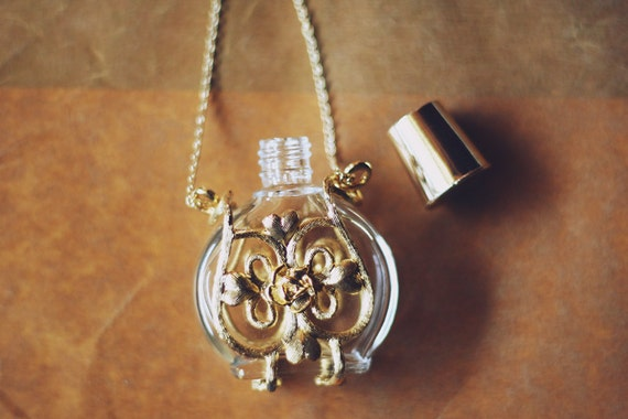 gold perfume bottle necklace (16k gold plated chain)