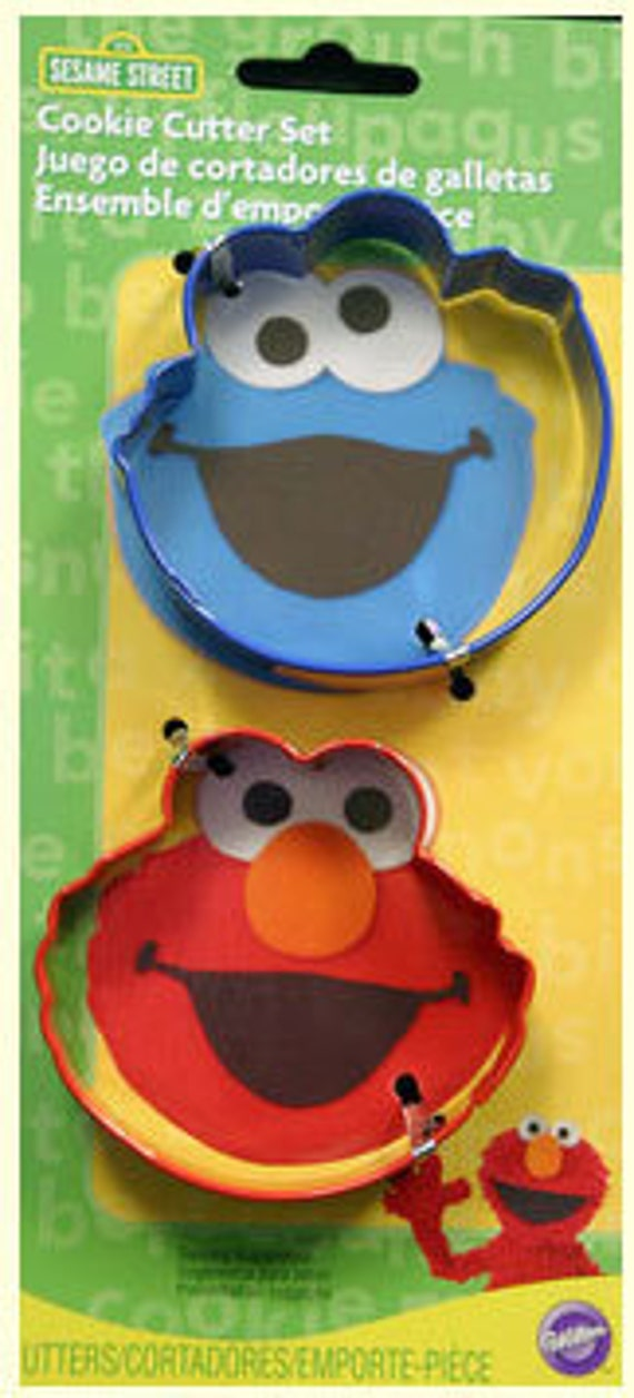 Elmo & Cookie Monster  2 Piece Cookie Cutters