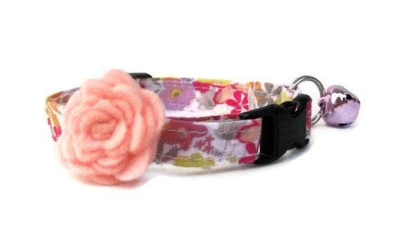 Flower Cat Collar with Felt Flower Accessory