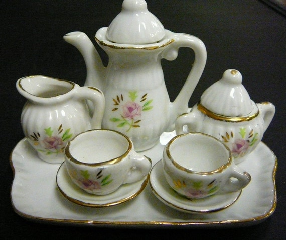 Vintage Miniature Porcelain China Dollhouse Tea Set 10 Piece