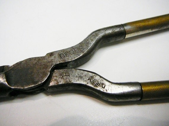 Vintage French Hot Curling Iron Deuss